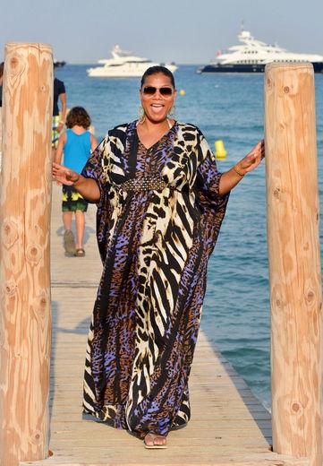 14c67740054 Легкі сукні і сарафани вельми популярнізавдяки своїй  багатофункціональності  вони охороняють ніжну шкіру від палючого сонця