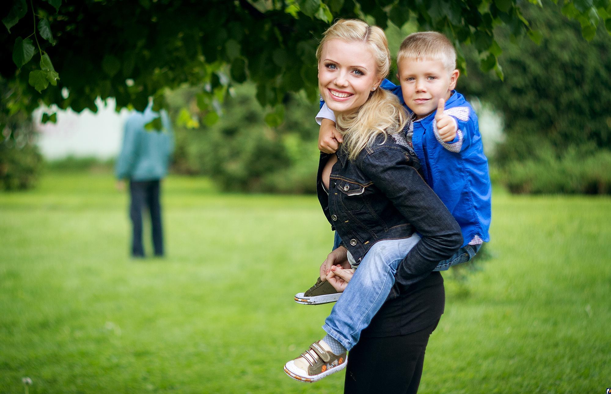 Трах матери с мальчиком сыном сыном 22 фотография