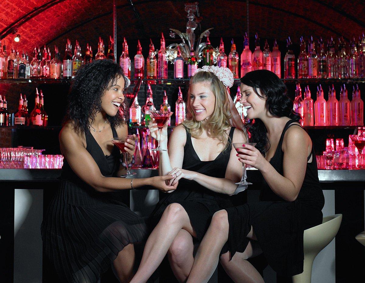 Секс на барной стойке одесса видео