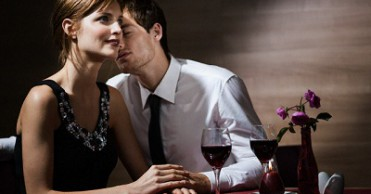 What to wear on a first date? Tips and Secrets