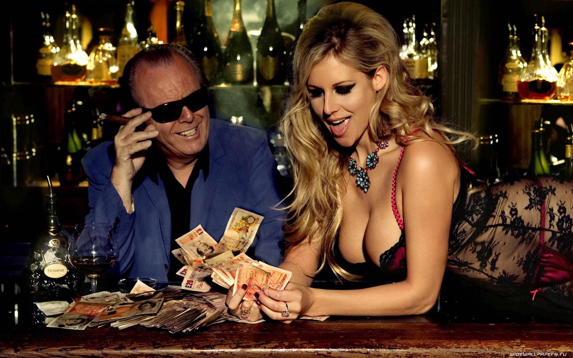 Обои девушка в казино картинки скачать на рабочий стол