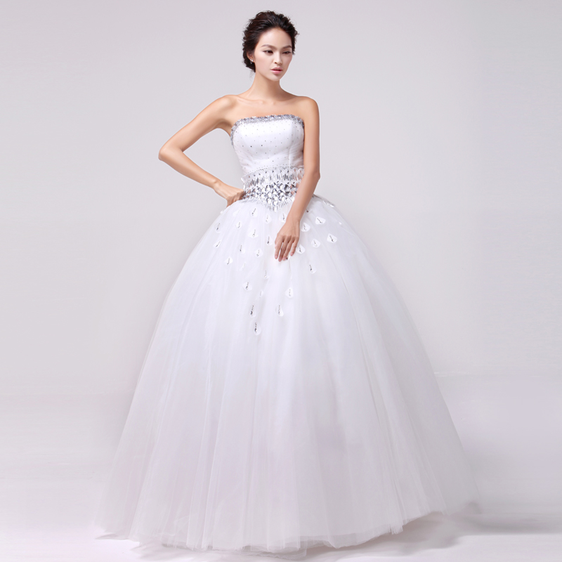Wedding dress with a skirt-wad | Claudel Models