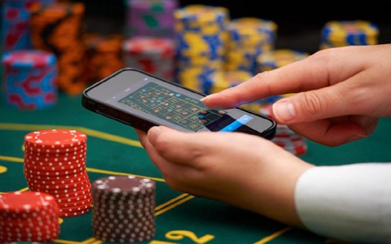 азартные игры с выводом денег без вложений